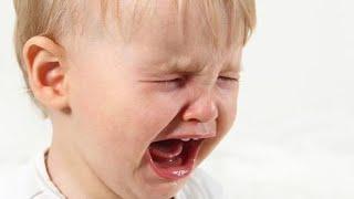 Истерика у ребенка 2-3 лет. Что делать? Как реагировать? - 8 приемов Детские истерики.(8 приемов, которые помогут избежать истерики. Основная линия поведения родителя, когда ребенок истерит...., 2016-02-12T11:39:00.000Z)