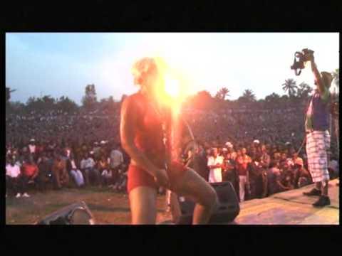 CONGO - KOFFI OLOMIDE LIVE A MBANDAKA ( Févr 2013 ).