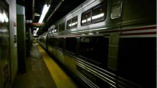 Amtrak Viewliner Diner 8400 departs NYP