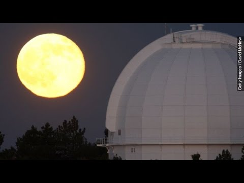 People sleep less before a full moon | EarthSky.org