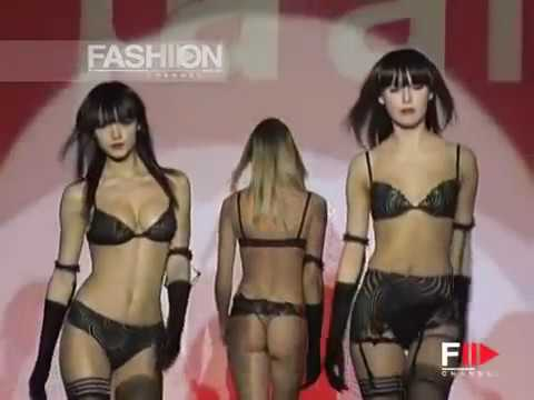 On Stage INTIMO MARE Alba Lingerie April 2004 by Fashion Channel