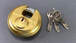 "[923] ""Unpickable"" Europa Disc Padlock Picked FAST (Model P-370)"