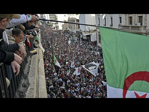 Argélia: Voto da diáspora começou com fortes protestos