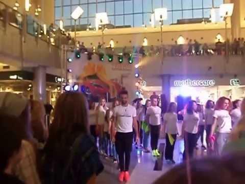 Торговый центр Гудзон флешмоб