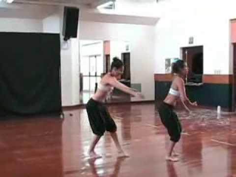 pucp---ensayo-de-la-escuela-de-danza-contemporánea
