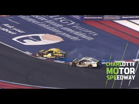 Ryan Newman's Late Mistake Helps Alex Bowman Advance | NASCAR At Charlotte Motor Speedway Roval
