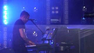 (HD) Nine Inch Nails - La Mer (Live in Charlotte)