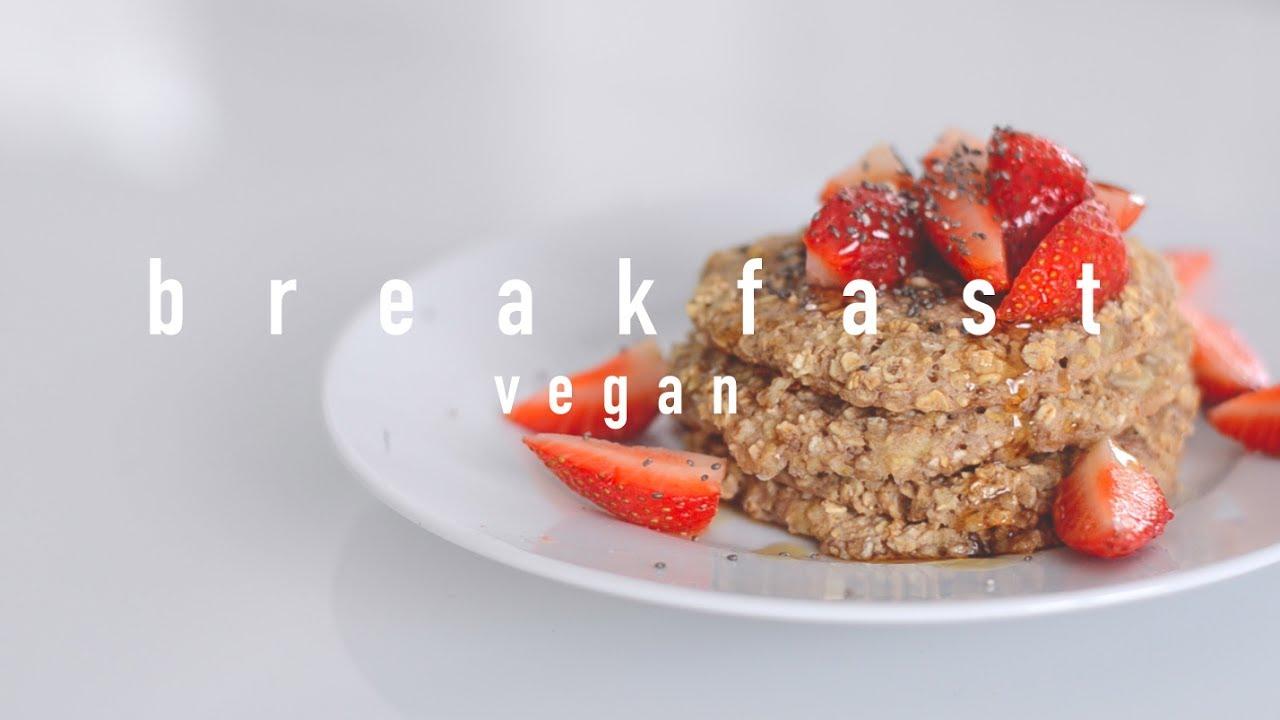 Vegan Breakfast Ideas: Omlette & Baked Pancakes
