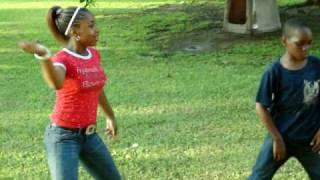 my dougie dance fresh(GHETTO STYLE)
