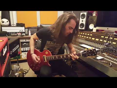 GIBSON SLASH SIGNATURE LES PAUL VERMILLION RED FLAME TOP GUITAR DEMO BY JACK EDWARDS OF PISTON