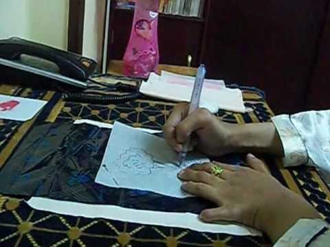 ac31e688310bc طريقة نقل الرسم من الورق الابيض الى القماش - YouTube