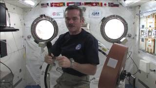 Hadfield Chats with Hadfield School Students Back Home