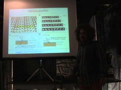 """NANOFOTONICA: manipolare la luce alla """"nanoscala"""" - Dott. Enrico Gazzola"""