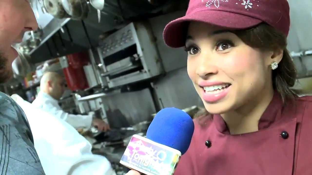 Hell 39 S Kitchen Pour La 1er Fois Au Qu Bec Au Moomba Avec Elise Wims Youtube