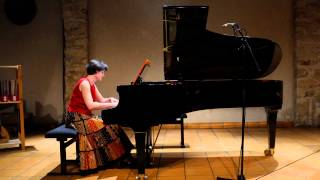 B. Bartok - For children - Round dance (n° 17) - Florence Robineau