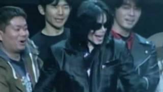 Майкл Джексон: год после смерти(, 2010-06-25T20:20:41.000Z)