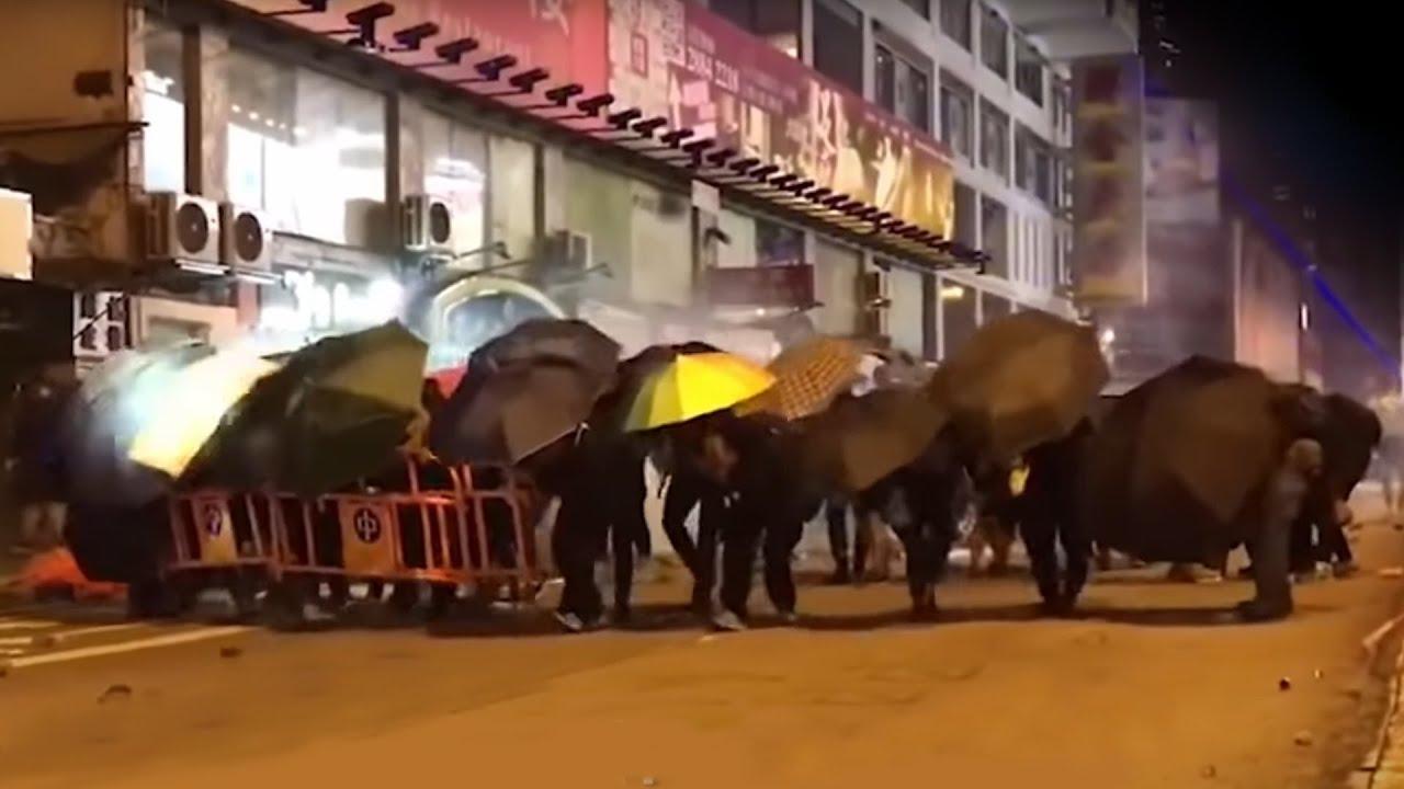"""Cảnh sát Hồng Kông """"tổng động viên tấn công"""" Đại học Trung văn tối ngày 12/11   Trí Thức VN"""