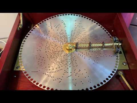 "Regina music box 12 inch disc ""Adeste Fidelis"""