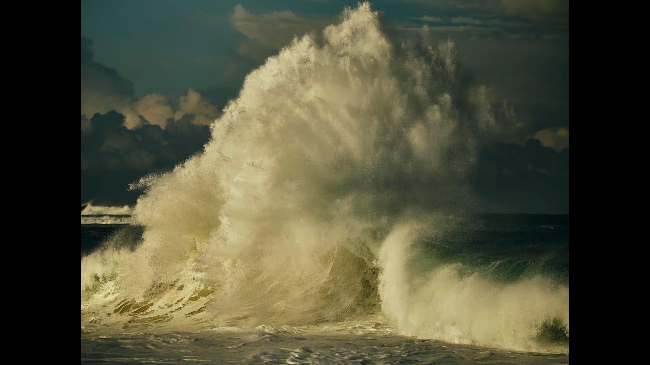 "GFX100S: ""Life Around The Sea"" x Russell Ord/ FUJIFILM"