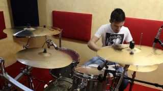 Video Rudimental - Right Here (Andy C Remix) - Fabio Vitiello Drum Cover download MP3, MP4, WEBM, AVI, FLV April 2018