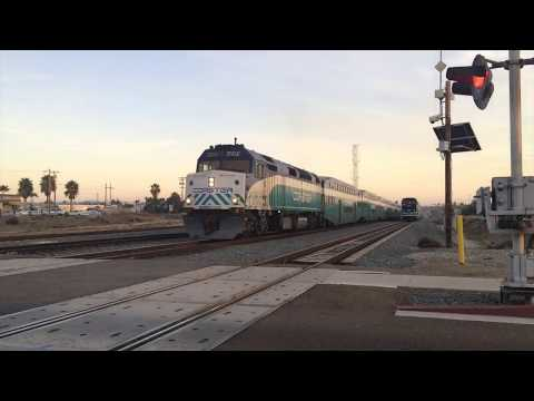 Last Train Action of 2017 in Oceanside +Bouns action with UP and CSX!