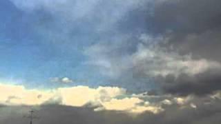 2011年3月11日、雲ビデオを撮影中に地震(東日本大震災)