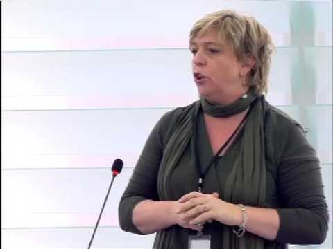 Hilde Vautmans 25 Nov 2015 plenary speech on Recent terrorist attacks in Paris