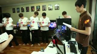Inside look at Korean Starcraft II pro teams - Part 1