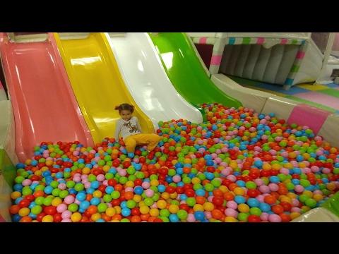 Markantalya playland elif tüm enerjisini boşaltıyor, çocuk videosu