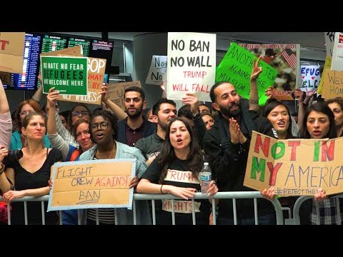 ACLU Vows to Keep Fighting as Supreme Court Allows Trump's Mostly Muslim Travel Ban to Take Effect