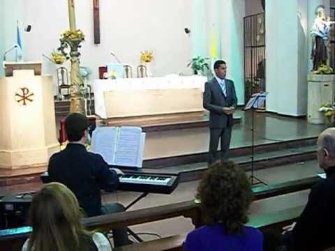 El tenor DARIO RUIZ canta INGEMISCO del Requiem de VERDI