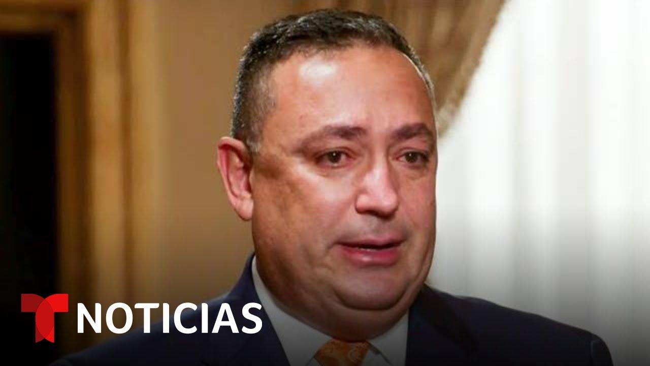 """""""Le pido a Dios que vuelva a tener otra oportunidad"""", dice Art Acevedo tras su despido de la policía"""