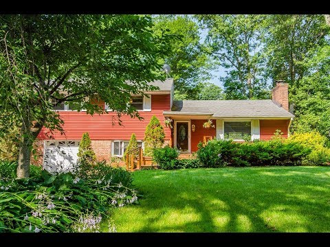 48 Wyoming Drive In Fawn Hills, Huntington Station NY 11746