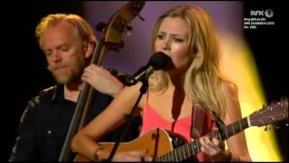 Odd Nordstoga & Ingebjørg Bratland - Landet imot nord (Cooder cover, live at Dugnad for Filippinene)