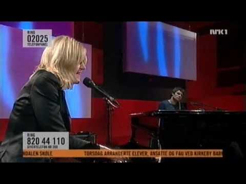 Anne Grete Preus - Bornholm Kafé (live, 2009)