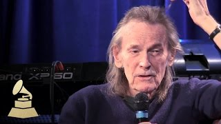 "Gordon Lightfoot - Discusses ""The Wreck Of The Edmund Fitzgerald"" 