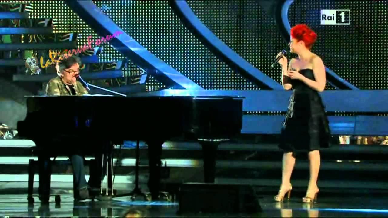 Noemi & Gaetano Curreri - Sono solo parole - Live Sanremo festival 2012 (quarta serata)