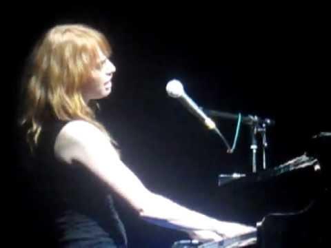Alicia Witt  Anyway Live @ Brixton Academy, London, 04.12.12