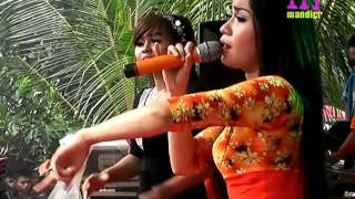 Video UWIW UWIW NENSI & TRIAS VERNANDES ROMANSA LIVE BANJARAN KEBUK SPARTAN download MP3, 3GP, MP4, WEBM, AVI, FLV September 2018
