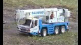 Lego Mobile Crane Demag AC50-1 Driving Uphill