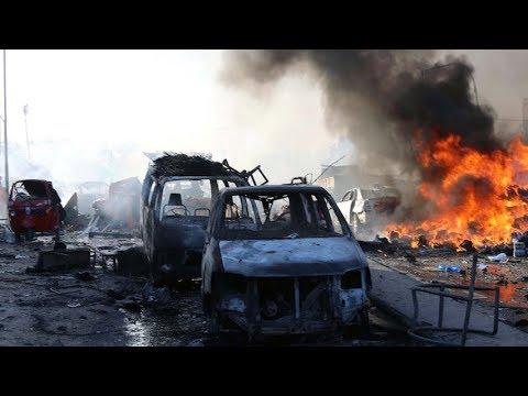 200 people killed by twin bomb blasts in Somalia