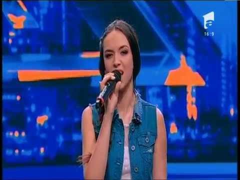 """Duel: Emeli Sandé - """"My Kind Of Love"""".  Vezi interpretarea trupei Contrast, la X Factor!"""