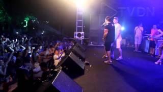 Wesley Safadão divide palco com Aviões do Forró