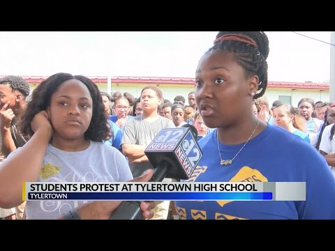 Students protest at Tylertown High School