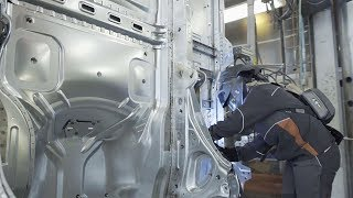 Volvo Trucks – Working hard for the success of Volvo FH (Volvo FH 25 years)