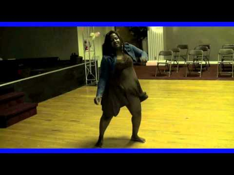 HOLY SMOKES. BEST NIGERIAN AFRICAN WOMAN DANCER EVER.  HIGHTECH MONEY TALKS.COM
