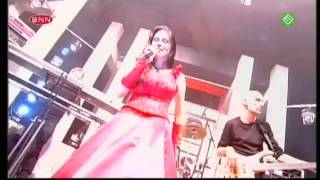 Within Temptation - Ice Queen (Live Top Of The Pops .2002) hd