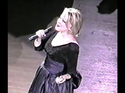 Bette Midler - Hulaween Concert (1998)