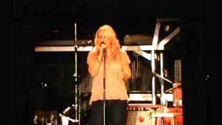 Lee Ann Womack - I'll Think of A Reason Later @ Country USA 2012