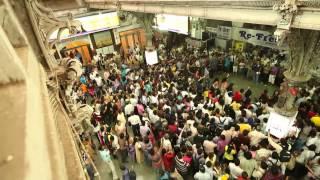 Флэшмоб в лучших традициях индийского кино! Индия. Мумбаи. 2011г.